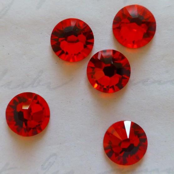 10 Cristaux Swarovski Autocollants Rouge Rubis Cristaux adhésifs